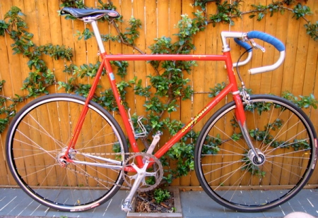 The frame is 60 cm Columbus Genius differential shape butted steel