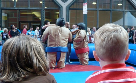 sumo wrestling at midtown fest